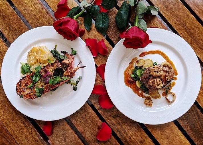 Half Lobster Thermidor and Tournedos Rossini at Cattle & Claw