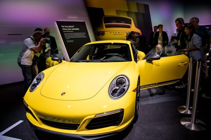 Porsche 911 Carrera T at 2017 LA Auto Show
