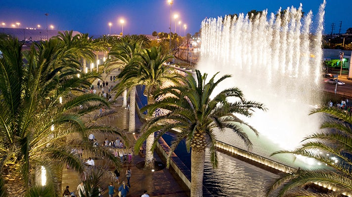 Fanfare Fountains at Gateway Plaza in the Port of Los Angeles