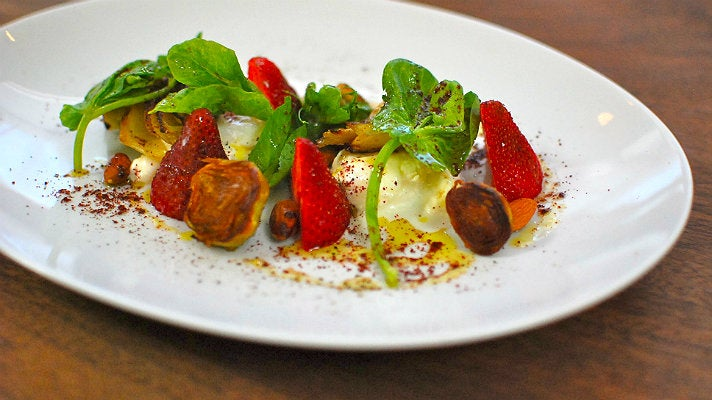 Artichoke and strawberry salad at Farmshop